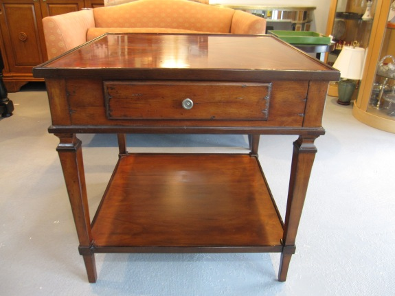 2-Tiered Side Table, Inlay Top, Vanguard Furniture, Excellent Condition